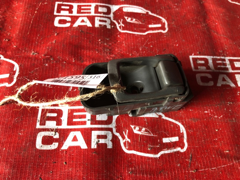Ручка двери внутренняя Nissan Elgrand ATWE50-008758 ZD30-032753A 2000 передняя правая (б/у)
