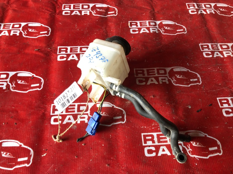 Бачок для тормозной жидкости Mitsubishi Canter FE437F-582576 4D33-AS6497 (б/у)