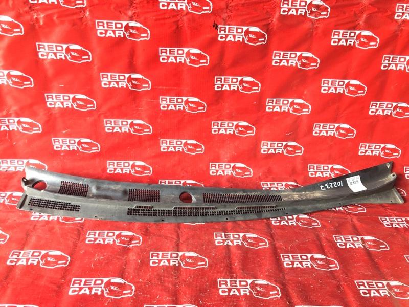 Жабо Mitsubishi Dion CR6W-0006739 4G94-NC4831 2001 (б/у)