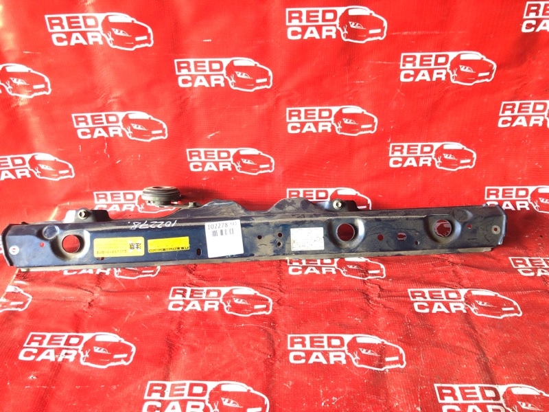 Планка телевизора Toyota Vitz SCP10-0441005 1SZ-1137842 2003 (б/у)