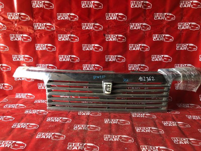 Решетка радиатора Nissan Elgrand ATWE50-008758 ZD30-032753A 2000 (б/у)