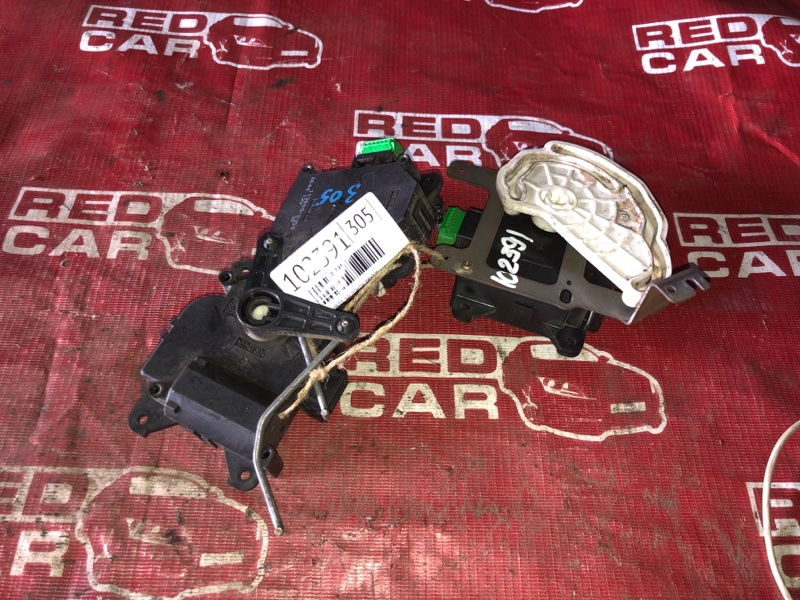 Сервопривод заслонок печки Honda Odyssey RB1-1066880 K24A-5526721 2004 (б/у)