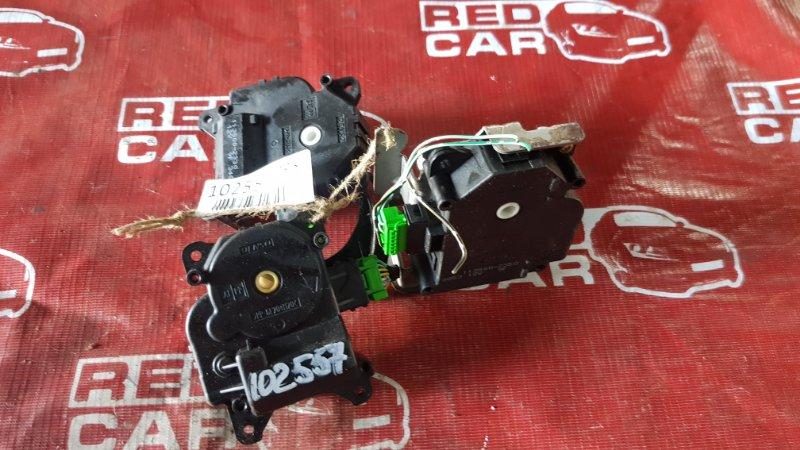 Сервопривод заслонок печки Honda Fit GD1-1017845 L13A-1016600 2001 (б/у)