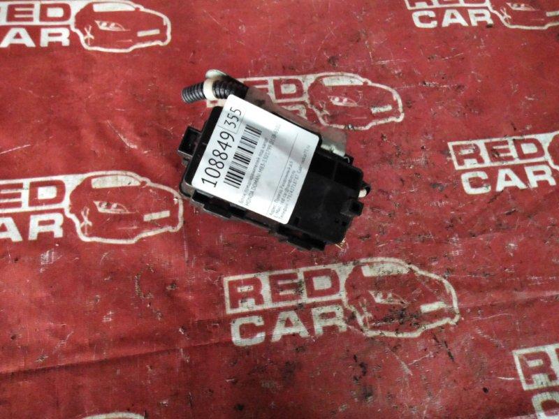 Блок предохранителей под капот Honda Domani MB3-1301799 D15B-6102287 2000 (б/у)