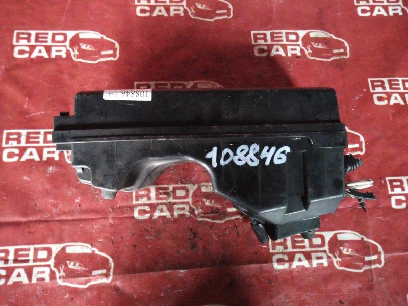 Блок предохранителей под капот Toyota Vista CV43-0003958 3C-3230272 1996 (б/у)