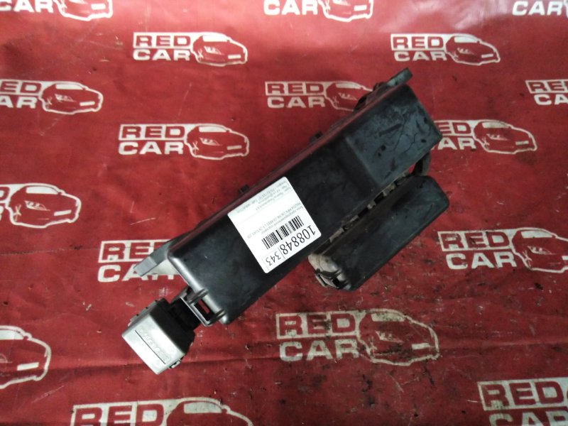 Блок предохранителей под капот Mazda Mpv LW3W-164881 L3-263143 2002 (б/у)