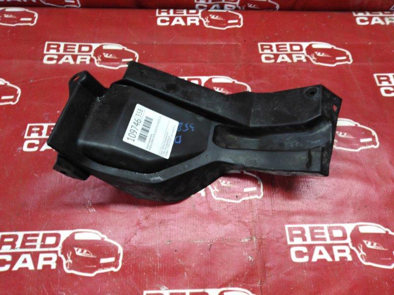 Защита радиатора Mazda Demio DY3R-207875 ZJ-505031 2007 (б/у)