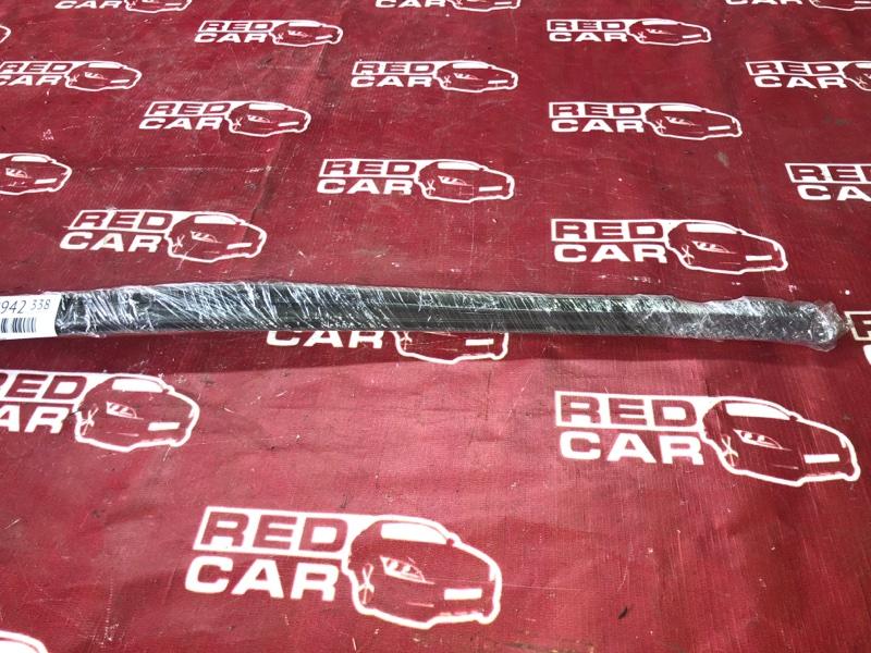 Молдинг на крышу Toyota Ractis NCP100-0050177 1NZ-C2388555 2006 (б/у)