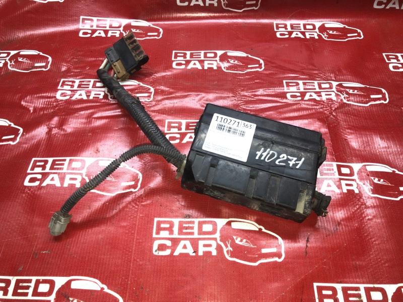 Блок предохранителей под капот Nissan Note E11-259467 HR15-285427A 2007 (б/у)