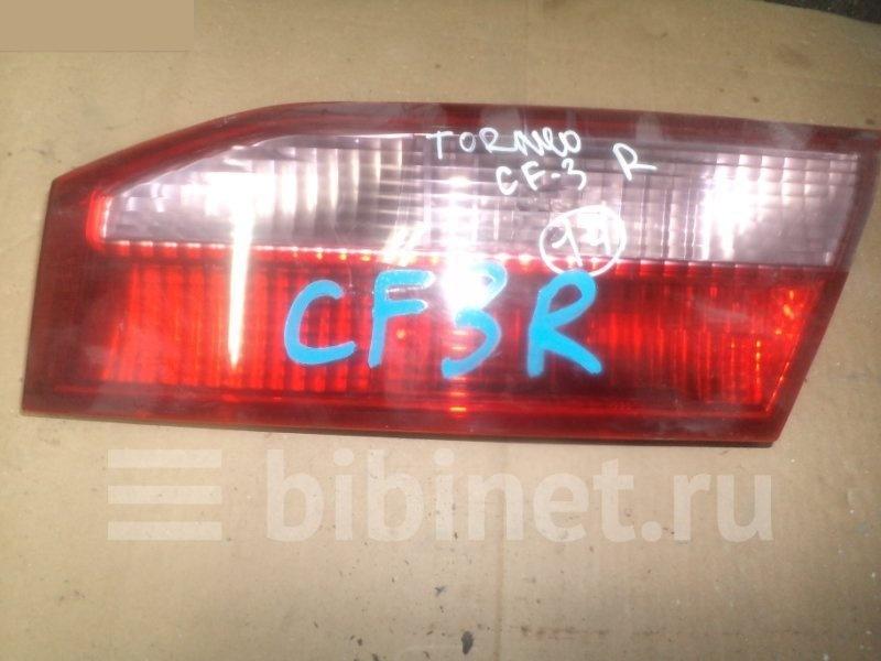 Фонарь вставка багажника Honda Torneo CF3 правый (б/у)