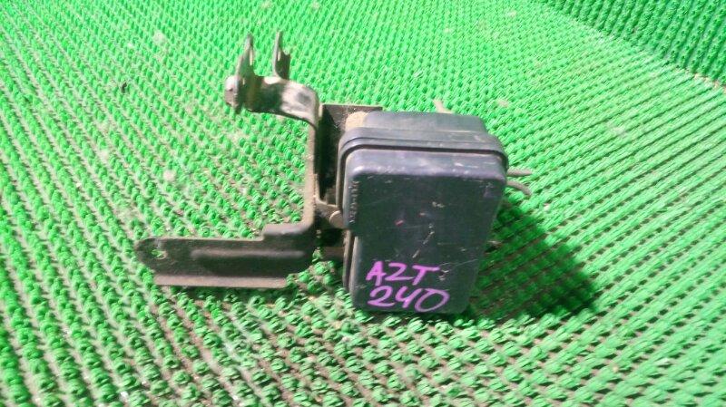 Блок abs Toyota Premio AZT240 1AZ-FSE (б/у)