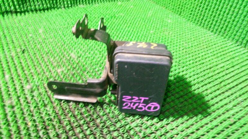 Блок abs Toyota Premio ZZT245 1ZZ-FE (б/у)