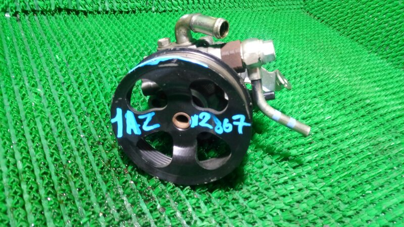 Насос гидроусилителя AZT250 1AZ-FSE (б/у)