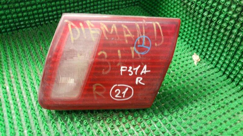 Фонарь вставка багажника Mitsubishi Diamante F31A правый (б/у)