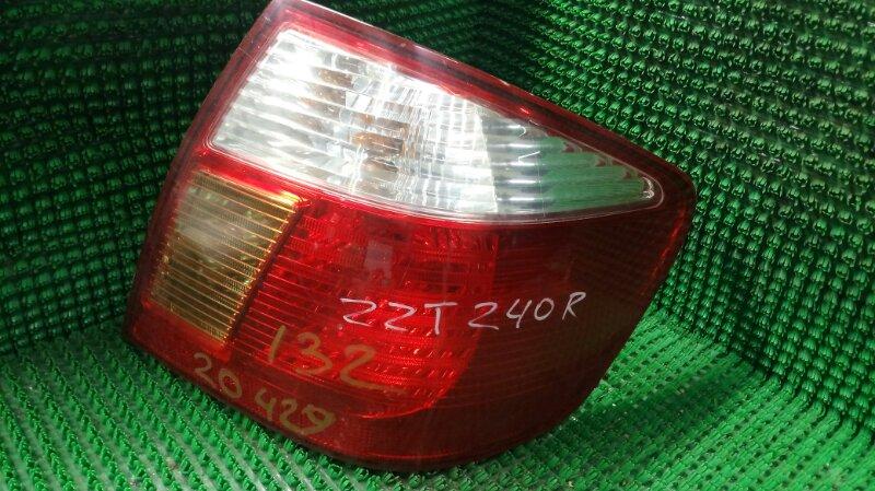 Фонарь стоп-сигнала Toyota Premio ZZT240 1ZZ-FE 2005 задний правый (б/у)