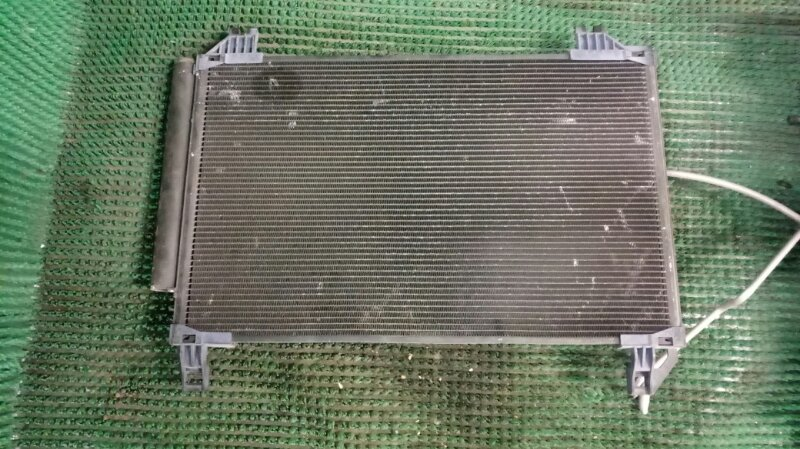 Радиатор кондиционера Toyota Vitz SCP90 1SZ-FE 2005 (б/у)