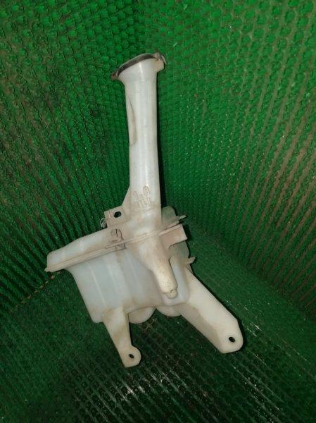 Бачок омывателя Toyota Vitz KCP90 1KR-FE (б/у)