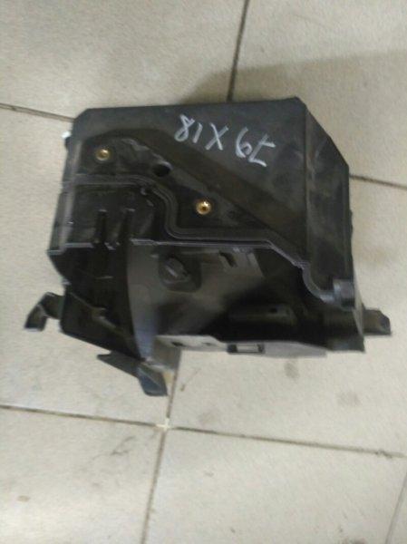 Корпус блока предохранителей Renault Scenic 2 JM К4М858 2007 (б/у)