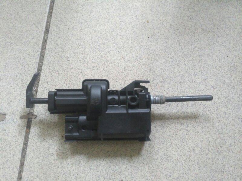 Активатор лючка бензобака Renault Megane 3 EZ0/1 K9K834 2011 (б/у)