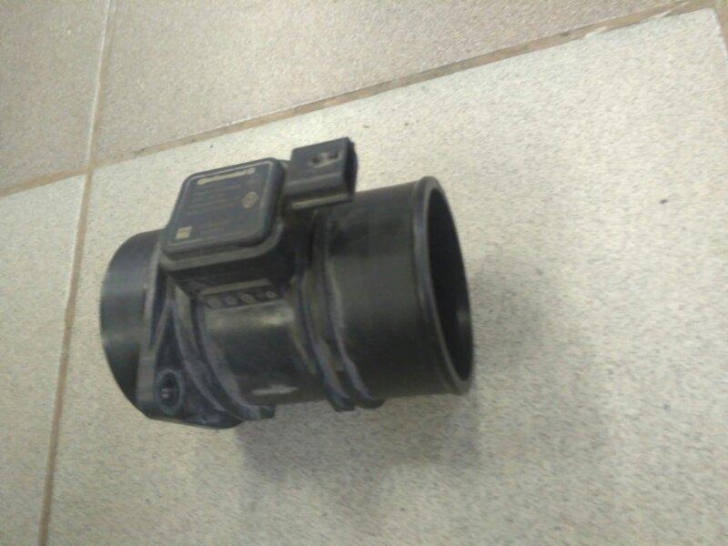 Датчик массового расхода воздуха Renault Megane 3 EZ0/1 K9K834 2011 (б/у)