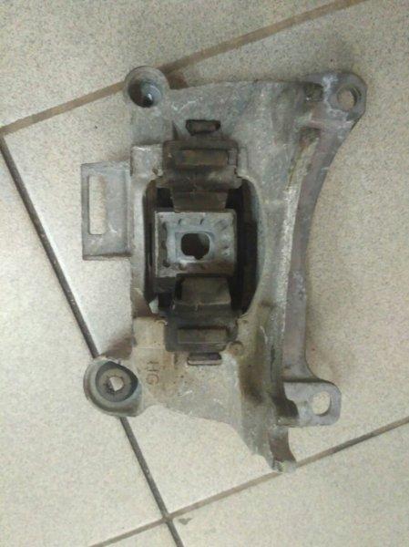Опора двигателя Renault Megane 3 EZ0/1 K9K834 2011 левая (б/у)