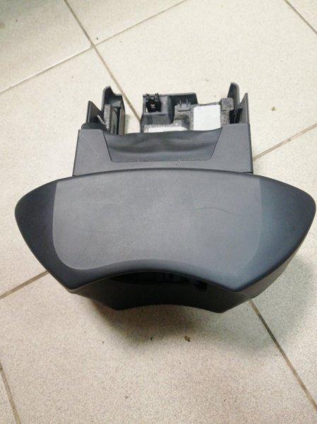 Кожух рулевой колонки Renault Megane 3 EZ0/1 K9K834 2011 (б/у)