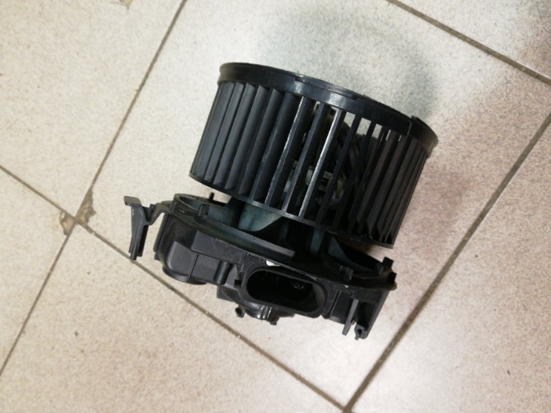 Мотор печки Renault Megane 2 К9К (б/у)