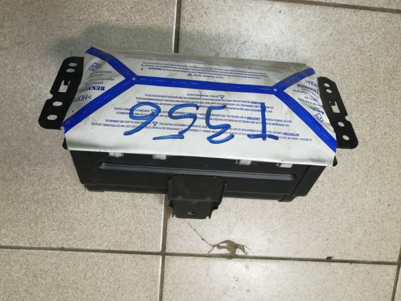 Подушка безопасности пассажира Renault Scenic 2 К9К передняя правая (б/у)