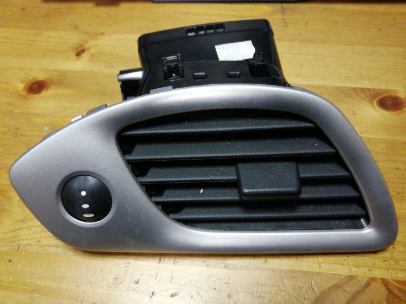 Дефлектор отопителя Renault Scenic 3 К9К передний левый (б/у)