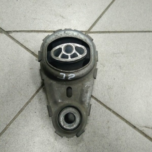 Опора двигателя Renault Grand Scenic 3 JM K9K832 2010 (б/у)