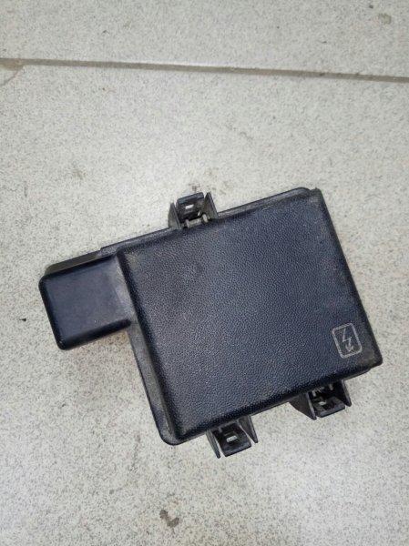 Крышка блока предохранителей Renault Megane 3 EZ0/1 K9K834 2011 (б/у)