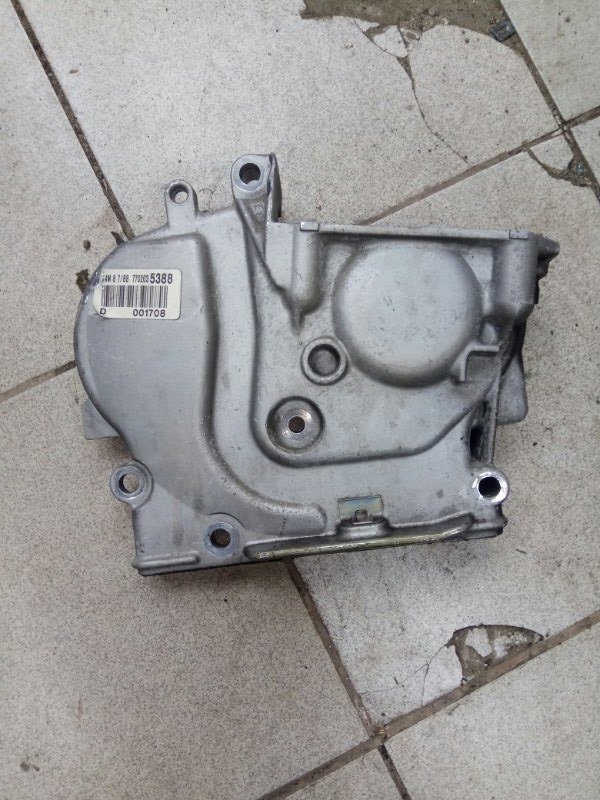 Крышка ремня грм Renault Scenic 2 K4M788 2007 (б/у)