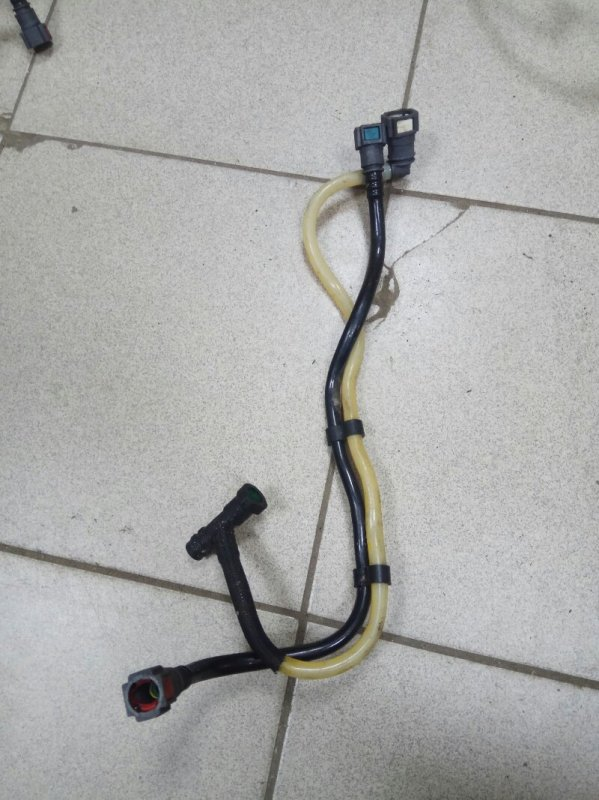 Топливная трубка Renault Megane 2 K9K732 2007 (б/у)