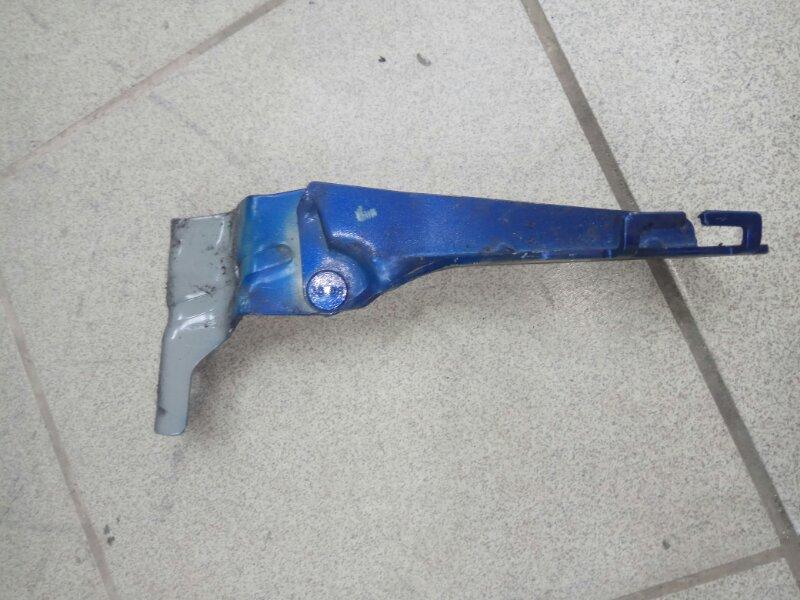 Петля капота Renault Megane 2 УНИВЕРСАЛ К4М813 2008 передняя правая (б/у)