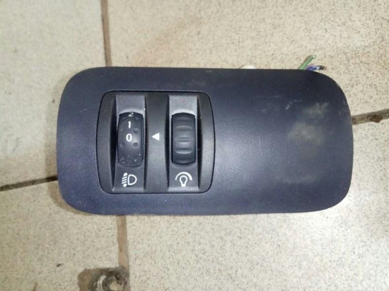 Кнопка корректора фар Renault Megane 2 УНИВЕРСАЛ K4M812 2006 (б/у)