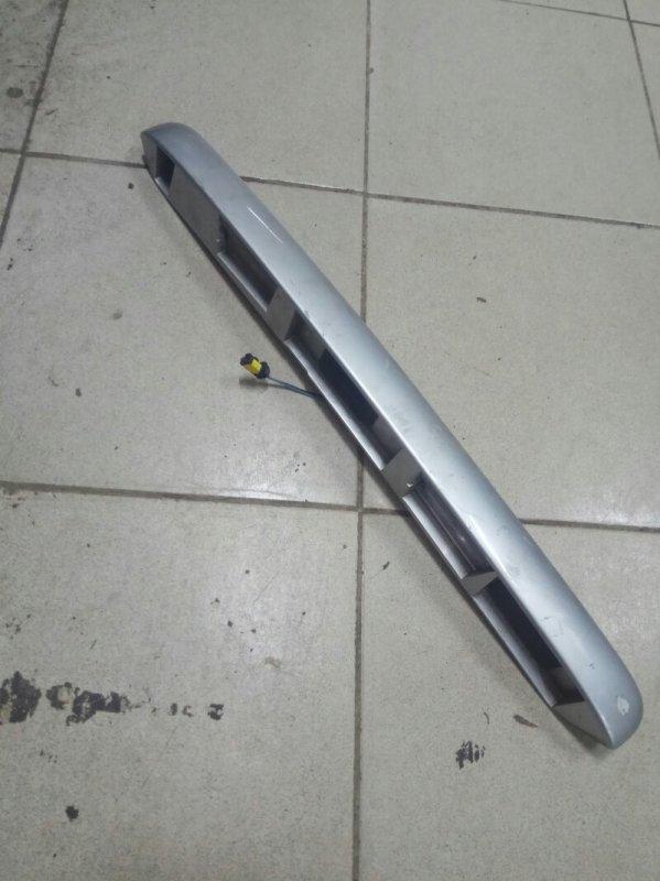 Накладка крышки багажника Renault Megane 2 УНИВЕРСАЛ 2007 задняя (б/у)