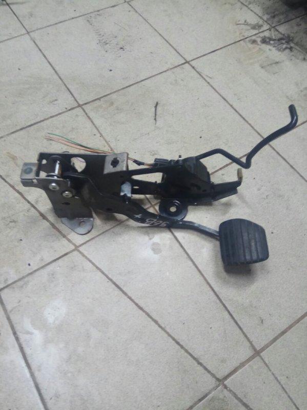 Педальный узел Renault Scenic 2 УНИВЕРСАЛ K9K732 2007 передний левый (б/у)