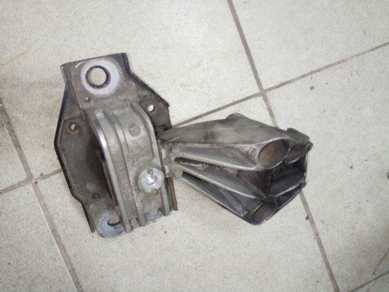 Опора двигателя Renault Scenic 2 K9K732 2007 (б/у)