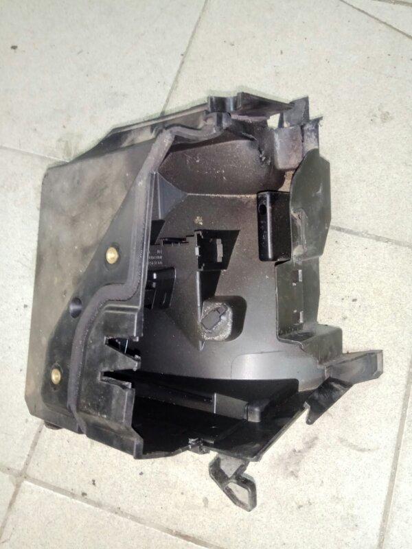 Корпус блока предохранителей Renault Scenic 2 K9K732 2007 (б/у)