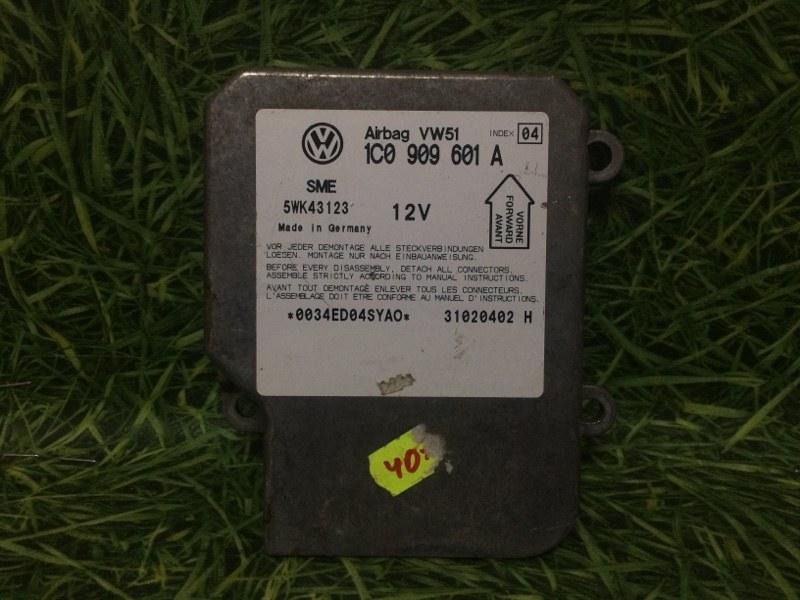 Блок управления air bag Volkswagen Passat 3B3 AWT 2002 (б/у)