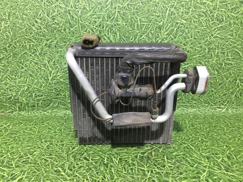 Радиатор кондиционера салонный Mitsubishi Carisma DA 4G92 1999 (б/у)