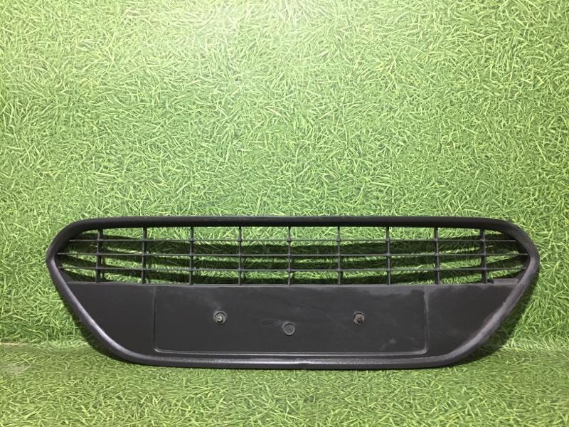 Решетка радиатора Ford Focus (б/у)