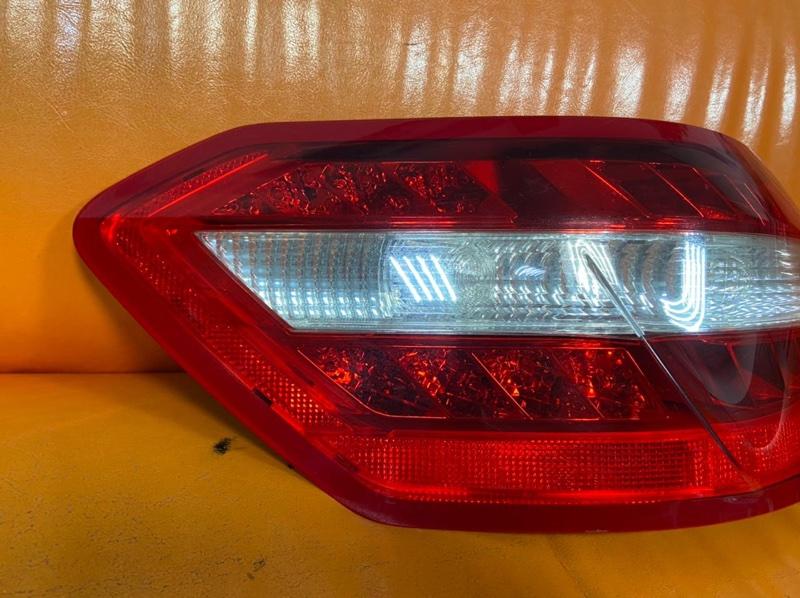 Фонарь Mercedes Benz E-Class W212 2009 задний левый (б/у)
