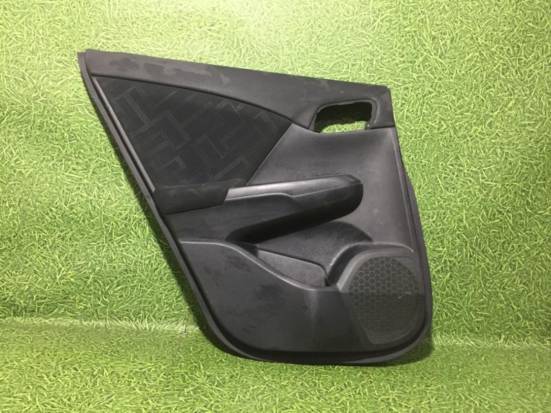Обшивка двери Honda Civic задняя левая (б/у)