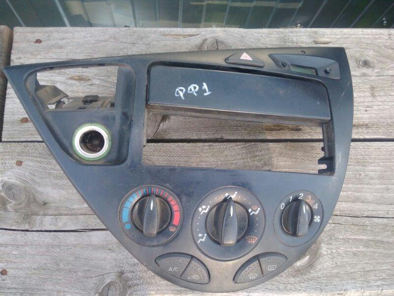 Блок управления отопителем Ford Focus 1 DFW FYDA 2001 (б/у)