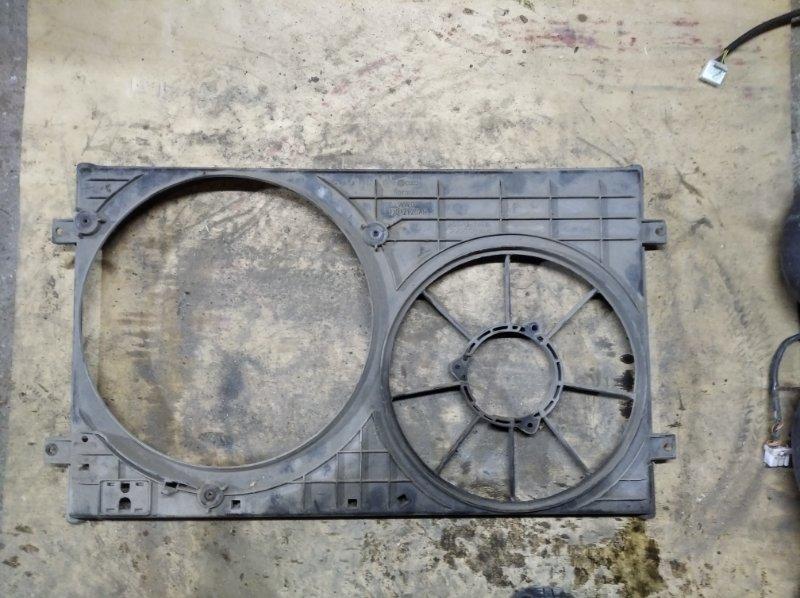 Диффузор вентилятора Volkswagen Golf4/bora 1J2 2002 (б/у)