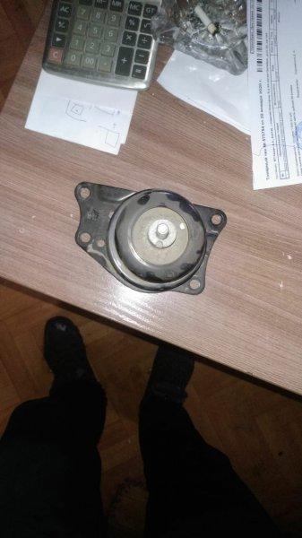 Подушка двигателя Volkswagen Polo 6C1 CFNA 2013 передняя правая (б/у)