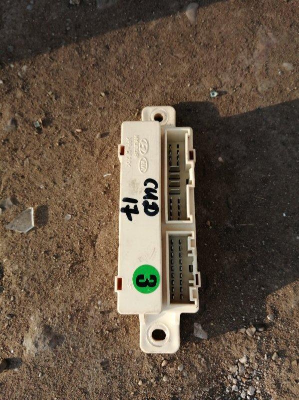 Блок реле Kia Ceed 2 JD G4FG 2014 (б/у)