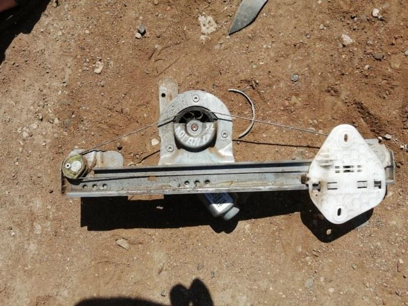 Стеклоподъемник Renault Logan LS0G K7M 2007 задний левый (б/у)