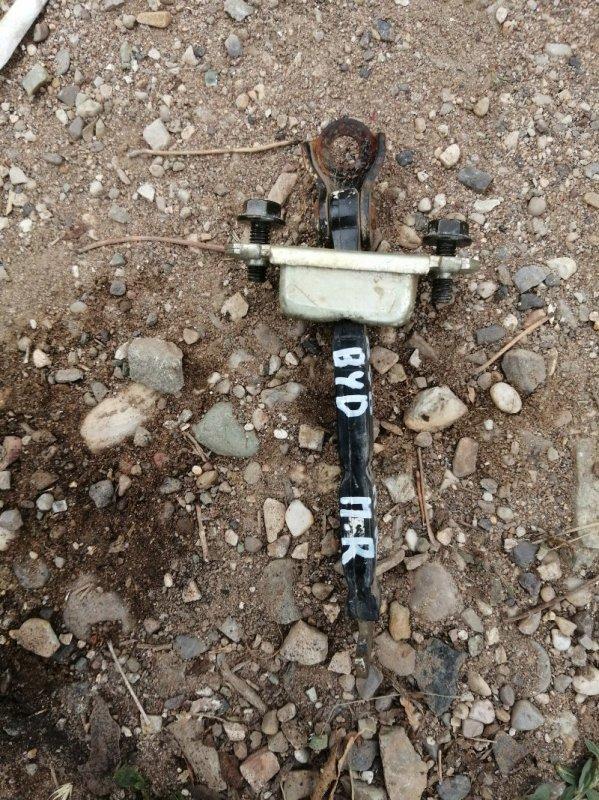 Ограничитель двери Byd F3 DA4G18 2011 передний правый (б/у)